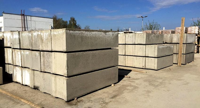 Купить с доставкой бетонный блок 200х200х400 для фундамента от ЗАО Завод