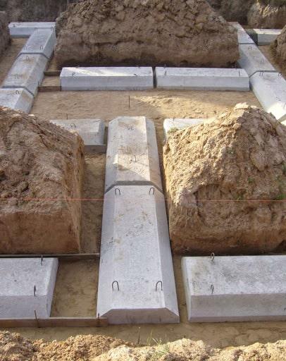 Купить с доставкой железобетонные плиты ленточных фундаментов от ЗАО Завод
